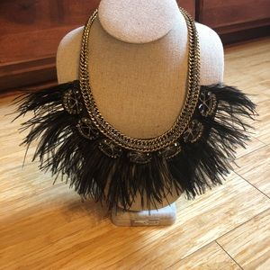 stella & dot black feather statement necklace